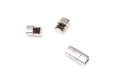 clasps for flat band