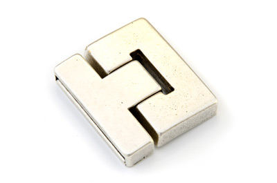 magnet clasp 36x41mm (hole: 38x3mm) x3pcs