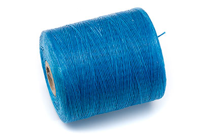 blue polyester thread reel approx 730m x1pce