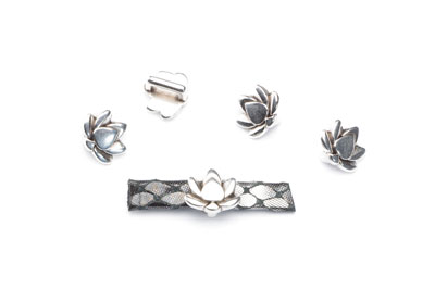 Passing lotus flower for thong 5mm 10x9mm x30pcs