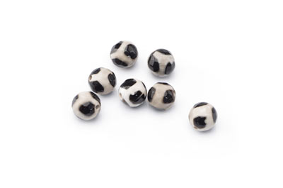 tibetan agate black and white faceted round 8mm x1std (approx 48