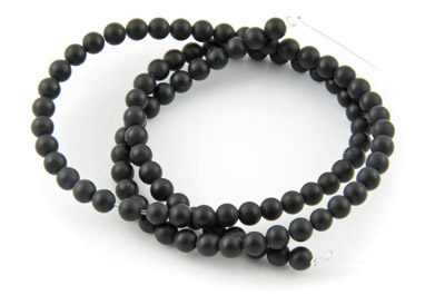 black onyx matt round 4mm x1 std (approx 95pcs)