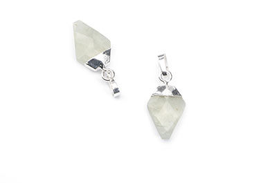 prehnite faceted arrowhead pendant 11X17mm x2pcs