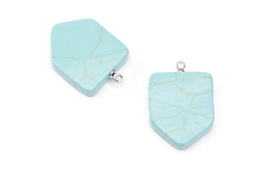 Synthetic Turquoise Shield Pendant 19X23mm x5pcs